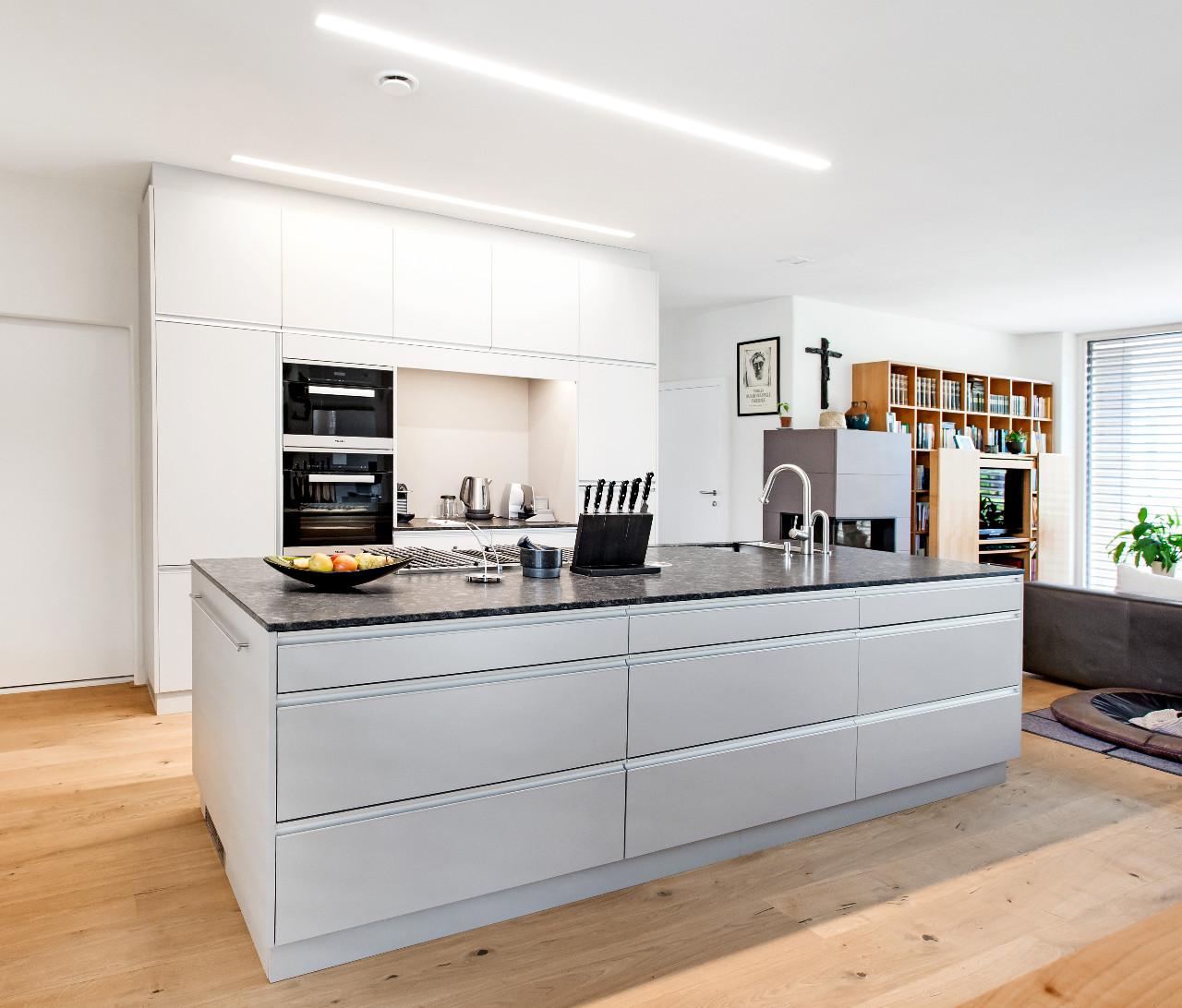 Schön Handwerker Küchenschranktüren Fotos - Küche Set Ideen ...